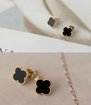 clover black earring[쥬얼리181] one color_free size안나앤모드